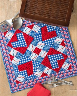 GO! Picnic Love Throw Quilt Pattern