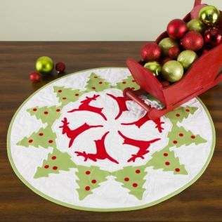 GO! Reindeer Dance Table Topper Pattern (PQ10682)