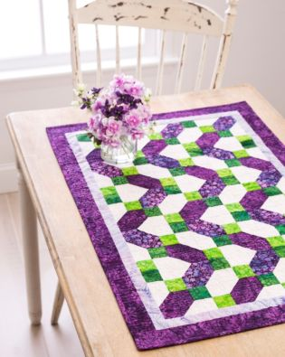 "GO! Qube 6"" Ziggy Zag Table Runner Pattern"