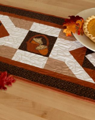 "GO! Qube 10"" Fall Table Runner Pattern"