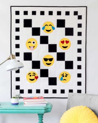 GO! Checkered Emojis Throw Quilt Pattern