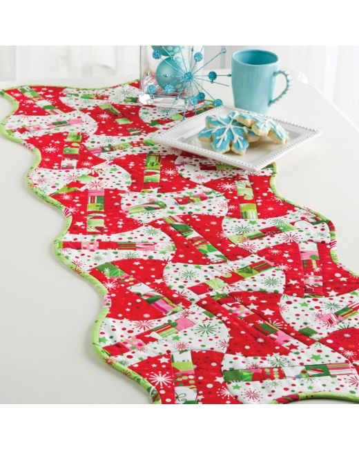 christmas candy apples table runner pattern pq22124 3 - Christmas Candy Apples