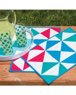 GO! Flying Diamonds Placemat Pattern (PQ10405)