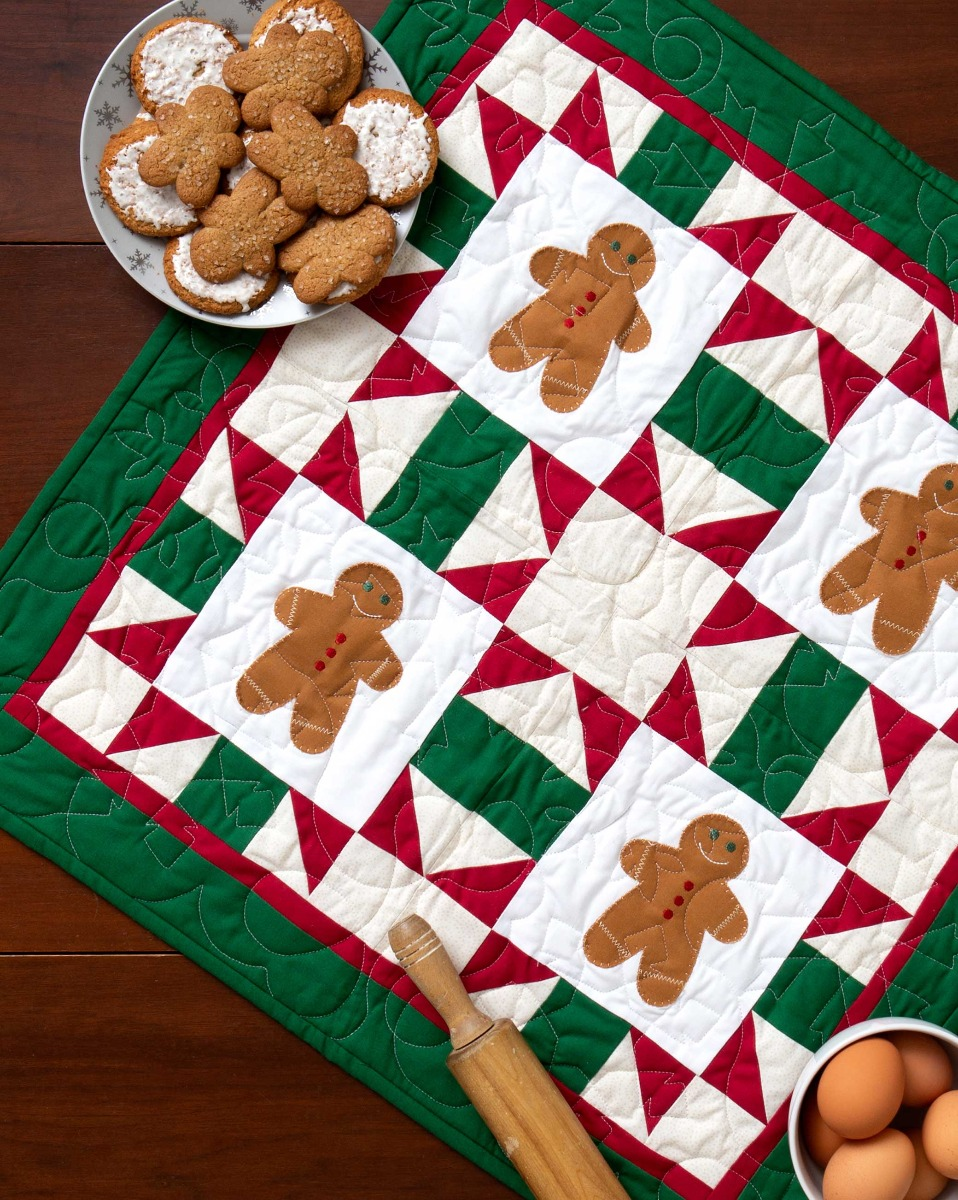 AccuQuilt GO! Free Gingerbread Crossing Wall Hanging Pattern