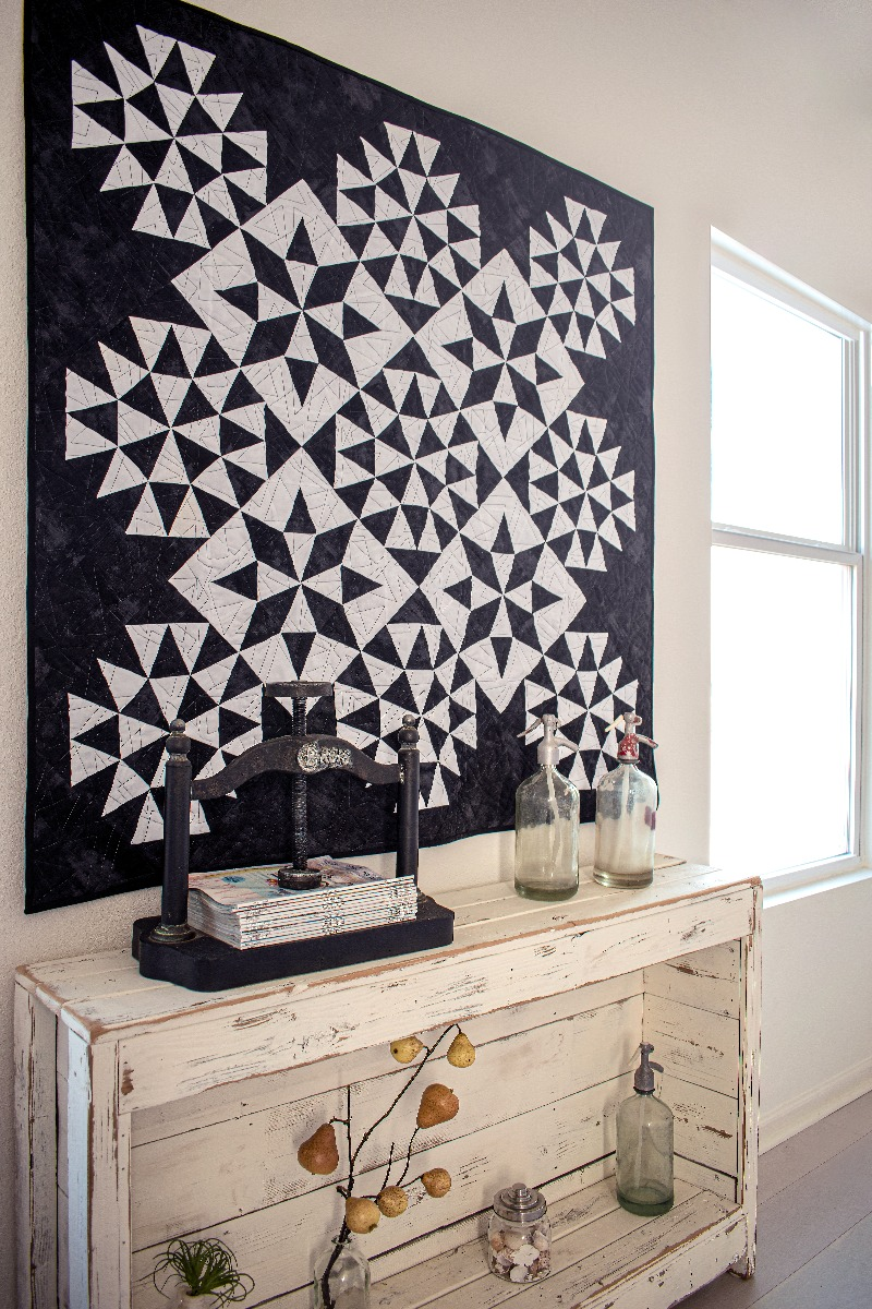 FREE AccuQuilt GO! Morning Star Contemporary Quilt Pattern