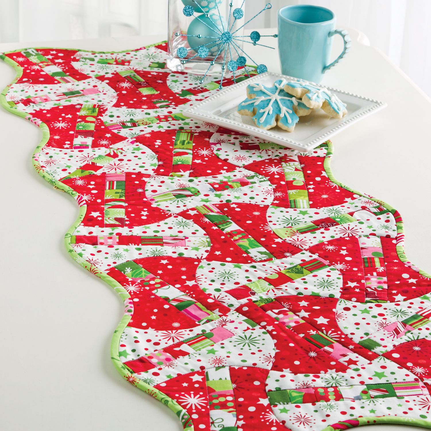 christmas candy apples table runner - Christmas Candy Apples
