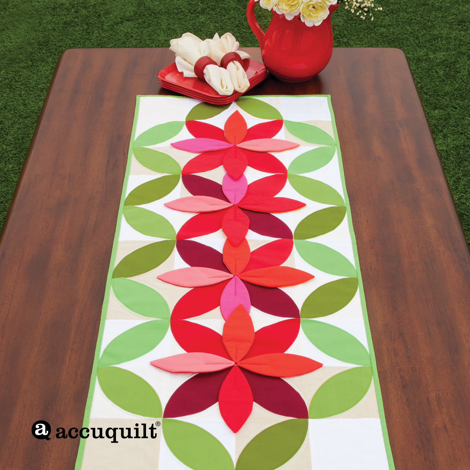 GO! Bloom Table Runner